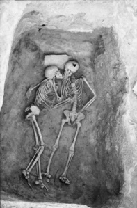 Rakkautta haudan takaa?