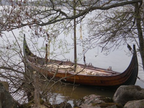 Saarenmaan laivahaudat osa I