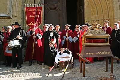 Ranskan Roquemauressa juhlistetaan ystävänpäivää tuomalla ulos Pyhän Valentinuksen jäännöksinä pidetyt reliikit.