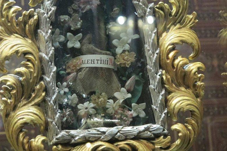 Prahasta löydettiin 2000-luvun alkupuolella Valentinuksen lapaluu.