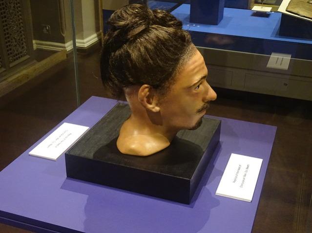 Rekonstruktio Clonycavan-miehestä ja tämän hiuksista. Kuva: Kuva: Alan Lathan/Flickr CC.