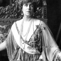 Romanian kuningattaren sydämen matka: 77 vuotta ja neljä eri hautapaikkaa
