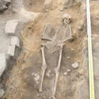 Uusi muinais-DNA-tutkimus: Suomen varhaiset äitilinjat kertovat asutuksen muutoksista