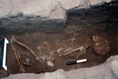 sidon warrior burial season 8